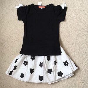 e46fd8635e9a Girls Funkyberry Bow Tee and Skirt Set NWT 4-5